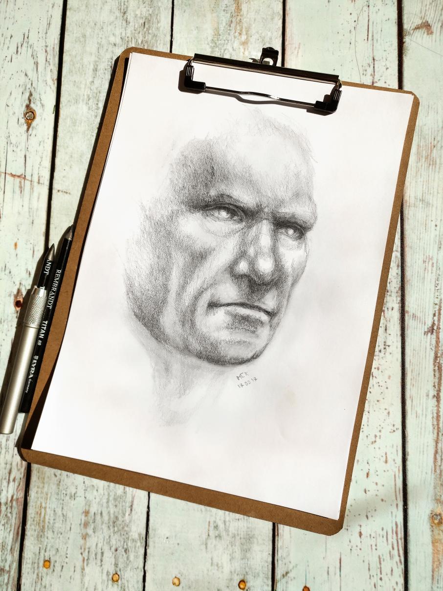 2017-05-17-portrait-graphite